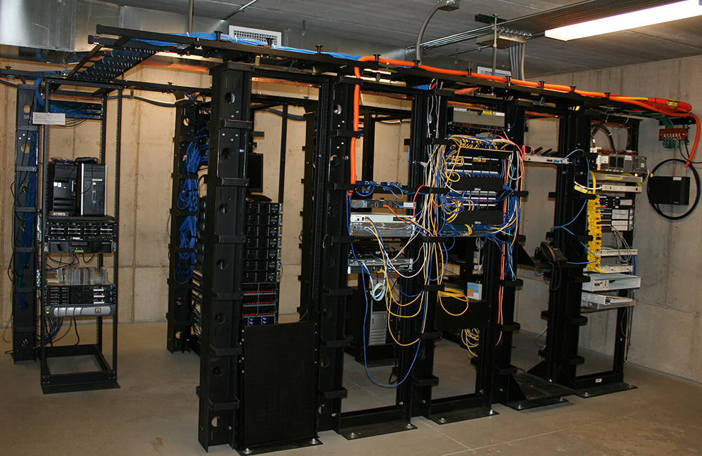EDI Data Center 06